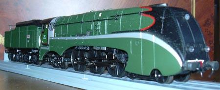 http://i66.servimg.com/u/f66/10/06/66/95/loco_210.jpg