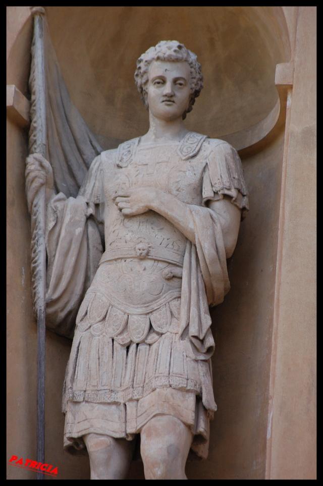 statue11