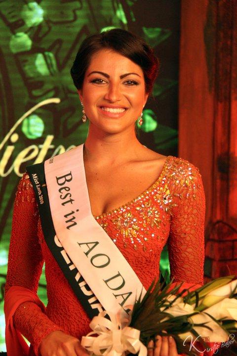 Tijana Rakic , Miss Earth Serbia 2010 Won Miss Aodai Contest of Miss Earth 2010