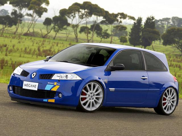forum megane rs consulter le sujet megane rs f1 team r25 clio 3 rsph1 twingo rs chassis cup. Black Bedroom Furniture Sets. Home Design Ideas