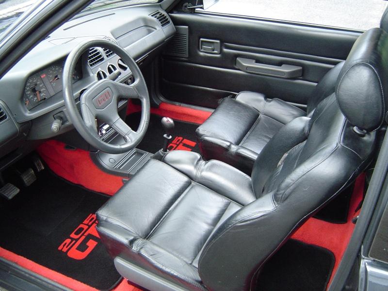 205 gti avec cuir neubauer sebring siffleur to origine for Interieur de voiture en cuir