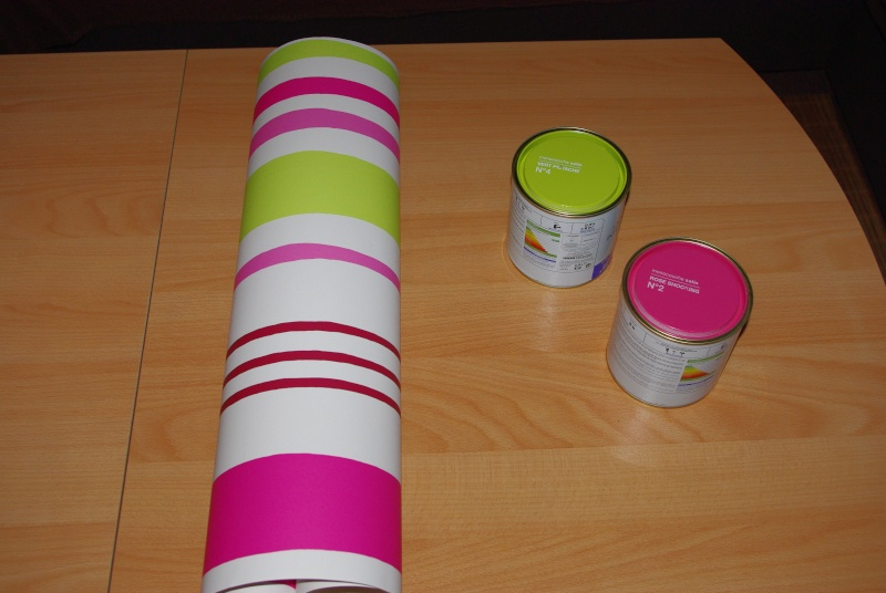Mes wc en vert anis et fushia tapisserie finie - Tapisserie rose et gris ...